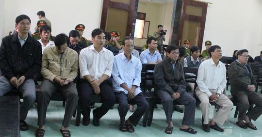 Các bị cáo và bị án tại phiên òa phúc thẩm