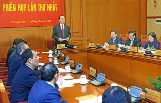 Chủ tịch nước Trần Đại Quang chủ trì phiên họp lần thứ nhất của Ban Chỉ đạo Cải cách tư pháp trung ương Ảnh: TTXVN