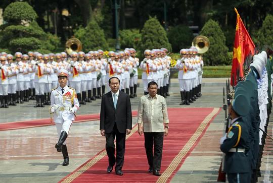 Chủ tịch nước Trần Đại Quang và Tổng thống Rodrigo Roa Duterte