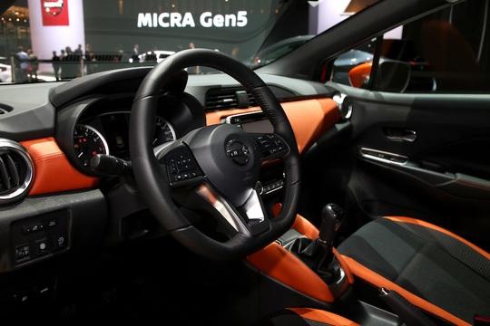 Nissan Micra 2017 ra mắt - thách thức Toyota Yaris