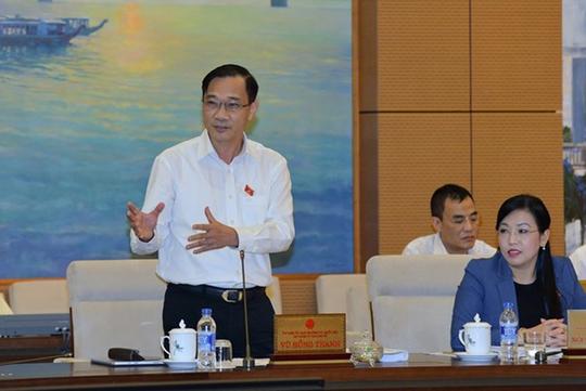 Chủ nhiệm Uỷ ban Kinh tế của QH Vũ Hồng Thanh cho rằng kết quả ước thực hiện cả năm GDP tăng 6,3-6,5% cũng chỉ là kỳ vọng và sẽ rất khó để đạt được-Ảnh: Nguyễn Nam