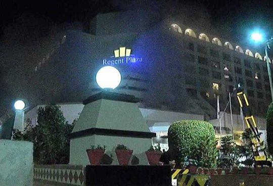 Khách sạn 4 sao bốc cháy, 11 người thiệt mạng