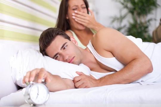 Nhiều người chia sẻ rằng họ khó chịu với bạn đời bởi thói quen của anh/cô ấy mỗi sáng thức dậy.