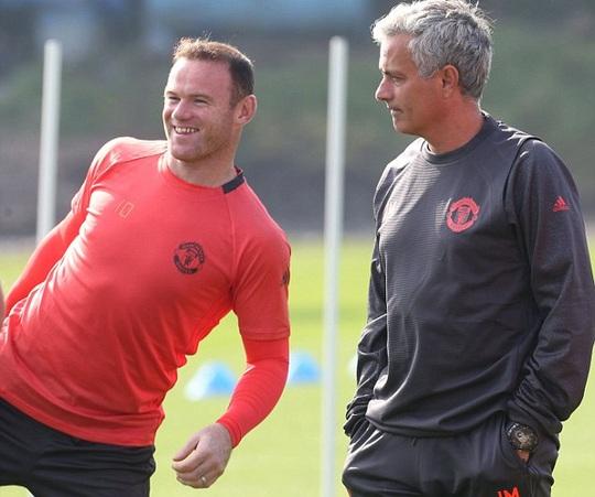 Rooney được HLV Mourinho cho dưỡng sức