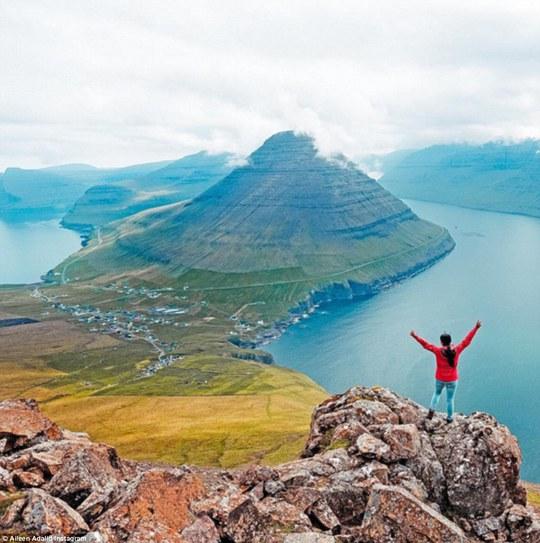 Aileen Adalid từ bỏ công việc văn phòng để theo đuổi đam mê du lịch.