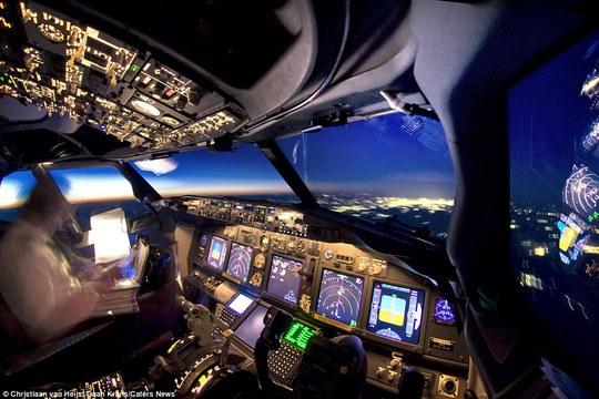 Những hình ảnh chỉ có thể chứng kiến từ buồng lái máy bay