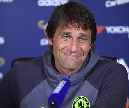 HLV Conte ngưỡng mộ thành tích 20 năm huấn luyện Arsenal của Wenger