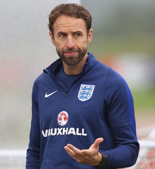 HLV U21 sẽ tạm thời dẫn dắt tuyển Anh