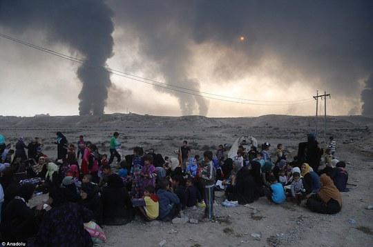 Chiến dịch giải phóng Mosul được cảnh báo là sẽ tạo ra một cuộc khủng hoảng nhân đạo. Ảnh: Anadolu