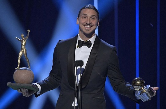 11 lần đoạt Quả bóng vàng, Ibrahimovic được dựng tượng