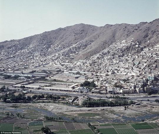 Bức ảnh chụp tại thủ đô Kabul năm 1974. Ảnh: Francois Pommery