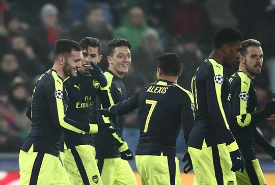 Arsenal gặp phải Hùm xám Bayern Munich hùng mạnh ngay vòng 1/8