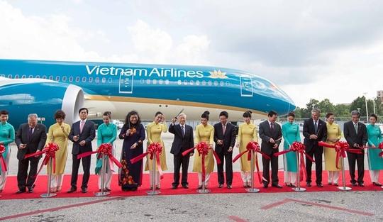 Tại sự kiện, Tổng bí thư Nguyễn Phú Trọng đã chúc mừng Vietnam Airlines với thành công trong việc phát triển mở rộng đội máy bay hiện đại nhất thế giới. Vietnam Airlines trở thành hãng hàng không đầu tiên trong khu vực khai thác Boeing 787-9 trên đường bay thẳng từ Đông Nam Á đến châu Âu