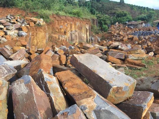Mỏ đá Đắk Kut nằm trong quần thể quy hoạch khu du lịch thác Liên Nung bị khai thác trái phép
