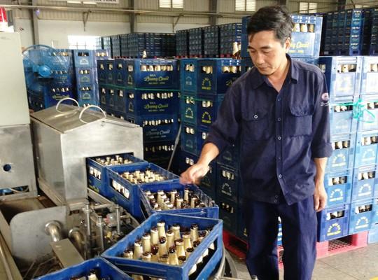 Anh Nguyễn Văn Tùng, công nhân Nhà máy Bia Dung Quất, một trong những người bị chiếm đoạt cổ phiếu