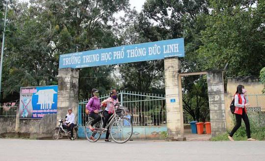 Nhiều thầy cô, cựu học sinh lo lắng trước nguy cơ Trường THPT Đức Linh bị dỡ bỏ