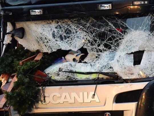 Vụ tấn công bằng xe tải tối 19-12 khiến 12 người thiệt mạng. Ảnh: News Sky