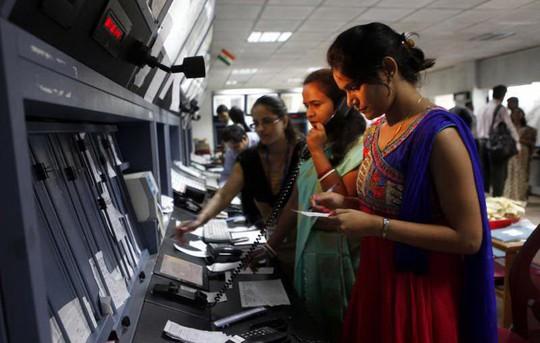 Ấn Độ hiện là một trong những quốc gia có tỉ lệ nữ giới tham gia lao động thấp nhất thế giới. Ảnh: Hindustan Times