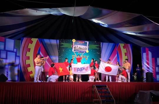 """Một tiết mục dự thi chương trình """"Giờ thứ 9"""" tại KCX Tân Thuận"""