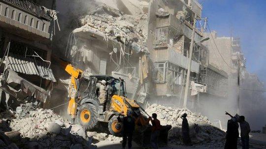 Nội chiến tàn phá mọi thứ. Ảnh: Reuters