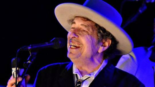 Bob Dylan lên tiếng về Nobel Văn học