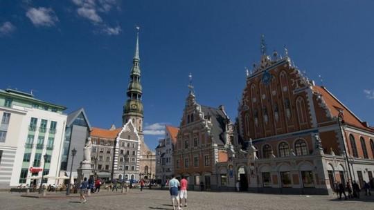 Cựu gián điện người Đức có quan hệ bí mật với phụ nữ Latvia trong khi đang làm nhiệm vụ. Ảnh: BBC