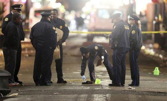 Vụ nổ súng xảy ra ở khu vực có nhiều quán bar và thu hút du khách. Ảnh: AP