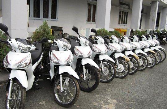 17 chiếc xe máy được công an thu giữ, trả lại cho doanh nghiệp