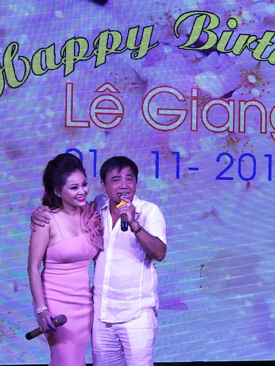 NS Hồng Tơ, Lê Giang nhắc lại thời mới nổi từ vở cải lương Kỷ niệm thời con gái