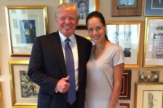 Bức ảnh Ivanovic chụp chung với ông Trump năm 2014