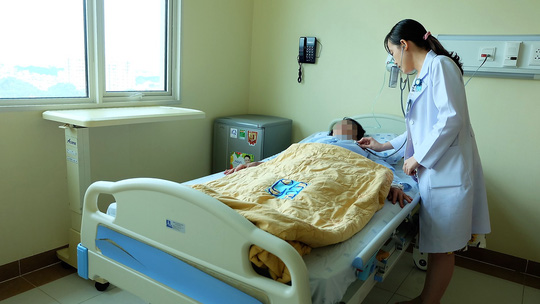 Bệnh nhân bị bệnh về hô hấp đang được điều trị
