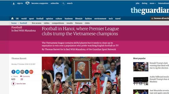 Bài viết về bóng đá Việt Nam trên báo Guardian hôm 18-10 Ảnh: Minh Ngọc