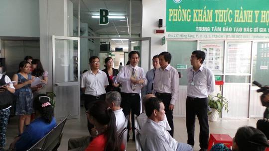 Bộ Y tế khảo sát công tác triển khai mô hình bác sĩ gia đình tại Bệnh viện quận 2, TP HCM