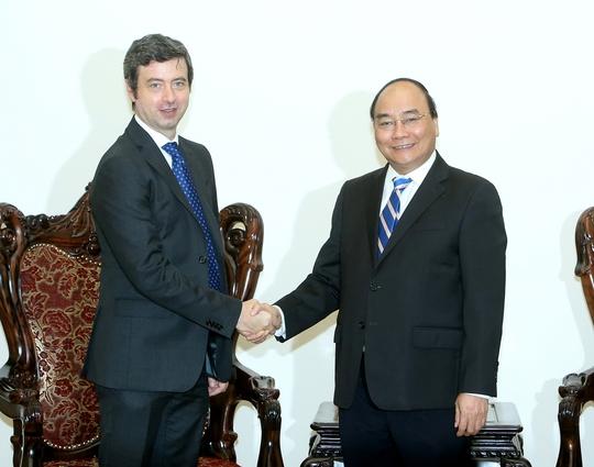 Thủ tướng Nguyễn Xuân Phúc tiếp Bộ trưởng Bộ Tư pháp Ý Andrea Orlando Ảnh: TTXVN
