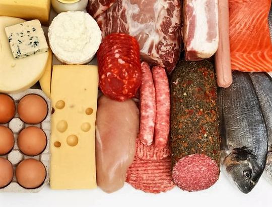 Thịt, cá, sữa, trứng được xem là thực phẩm giàu proteinẢnh: MNT