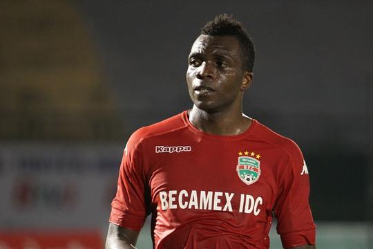 Dugarry Ndabashinze người từng thi đấu tại Champions League trong màu áo Genk của Bỉ và từng là đồng đội của những Thibaut Courtois hay Kevin De Bruyne.