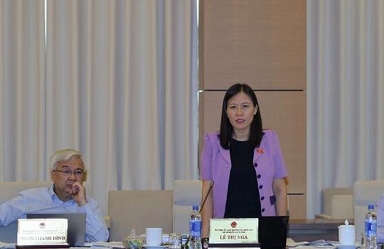 Bà Lê Thị Nga, Chủ nhiệm Ủy ban Tư pháp của Quốc hội, đề nghị phải có biện pháp siết chặt nợ công, tránh đội vốn dự ánẢnh: Nguyễn Nam