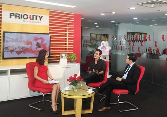 MC Phan Anh xuất hiện trong số Livestream đầu tư vấn tài chính
