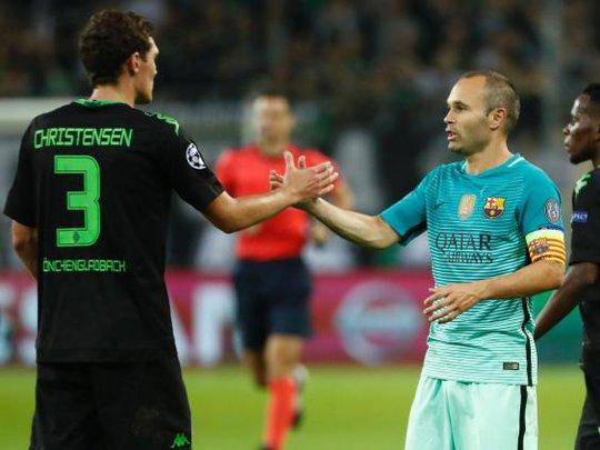 Sơ đồ chiến thuật của Barcelona bị lộ trước trận gặp Monchengladbach