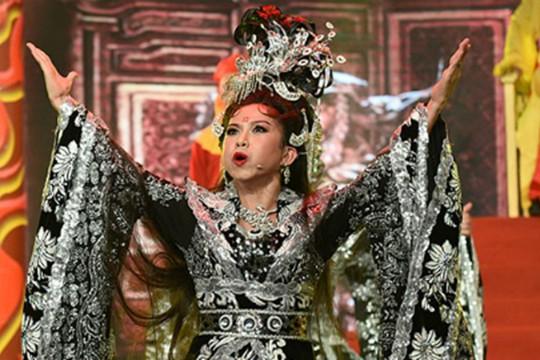 Diễn viên sân khấu Bình Tinh là gương mặt mới của lĩnh vực sân khấu tại Giải Mai Vàng lần này