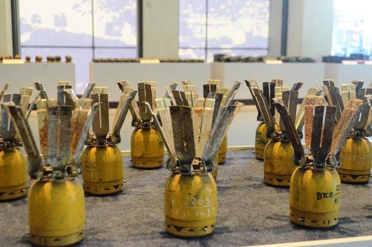 Một trong số rất nhiều loại mìn trưng bày tại VNMAC
