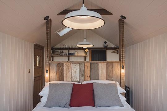 Ngôi nhà Saltbox là nơi duy nhất nằm trong khu bảo tồn thiên nhiên quốc gia Anh - nơi bạn có thể nghỉ qua đêm với giá 115 bảng Anh.