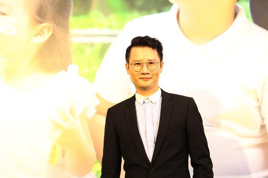 Ca sỹ Hoàng Bách đại diện hình ảnh cho Sun Grand City Ancora Residence