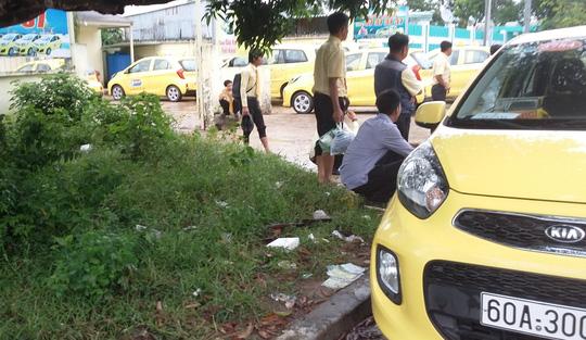 Hàng trăm tài xế đã tổ chức ngừng việc vào chiều 22-9.
