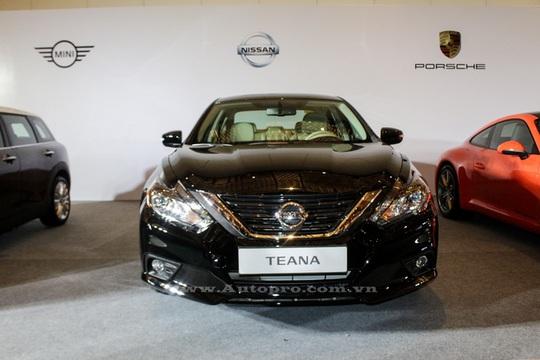 Nissan Teana 2016 cũng được ra mắt tại triển lãm VIMS 2016 sắp tới, đây sẽ là đối thủ nặng ký của Toyota Camry.