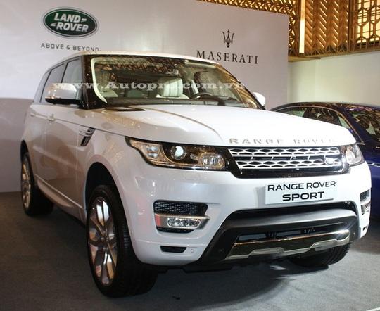 Range Rover Sport Autobiography sử dụng khối động cơ V8, siêu nạp, dung tích 5.0 lít, sản sinh công suất tối đa 510 mã lực và mô-men xoắn cực đại 625 Nm. Sức mạnh được truyền tới 4 bánh thông qua hộp số tự động 8 cấp, giúp mẫu SUV này có thể tăng tốc từ 0-96 km/h trong thời gian chỉ 5 giây trước khi đạt tốc độ tối đa 225 km/h.