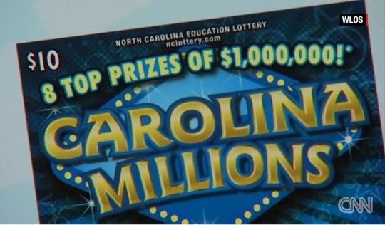 Bà Blackwell trở thành chủ nhân của 1 trong 8 giải 1 triệu USD của giải xổ số Carolina Millions. Ảnh: CNN