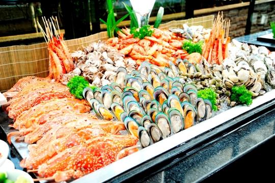 Đại tiệc buffet hải sản tại nhà hàng Café Central An Đông