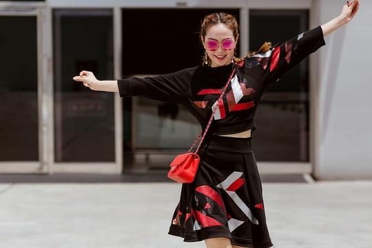 Minh Hằng không còn thời trang thảm họa