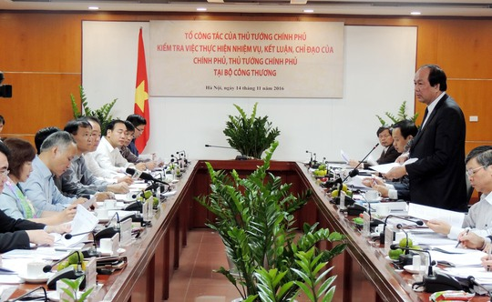 Bộ trưởng Mai Tiến Dũng làm việc với lãnh đạo Bộ Công Thương Ảnh: Thùy Dương
